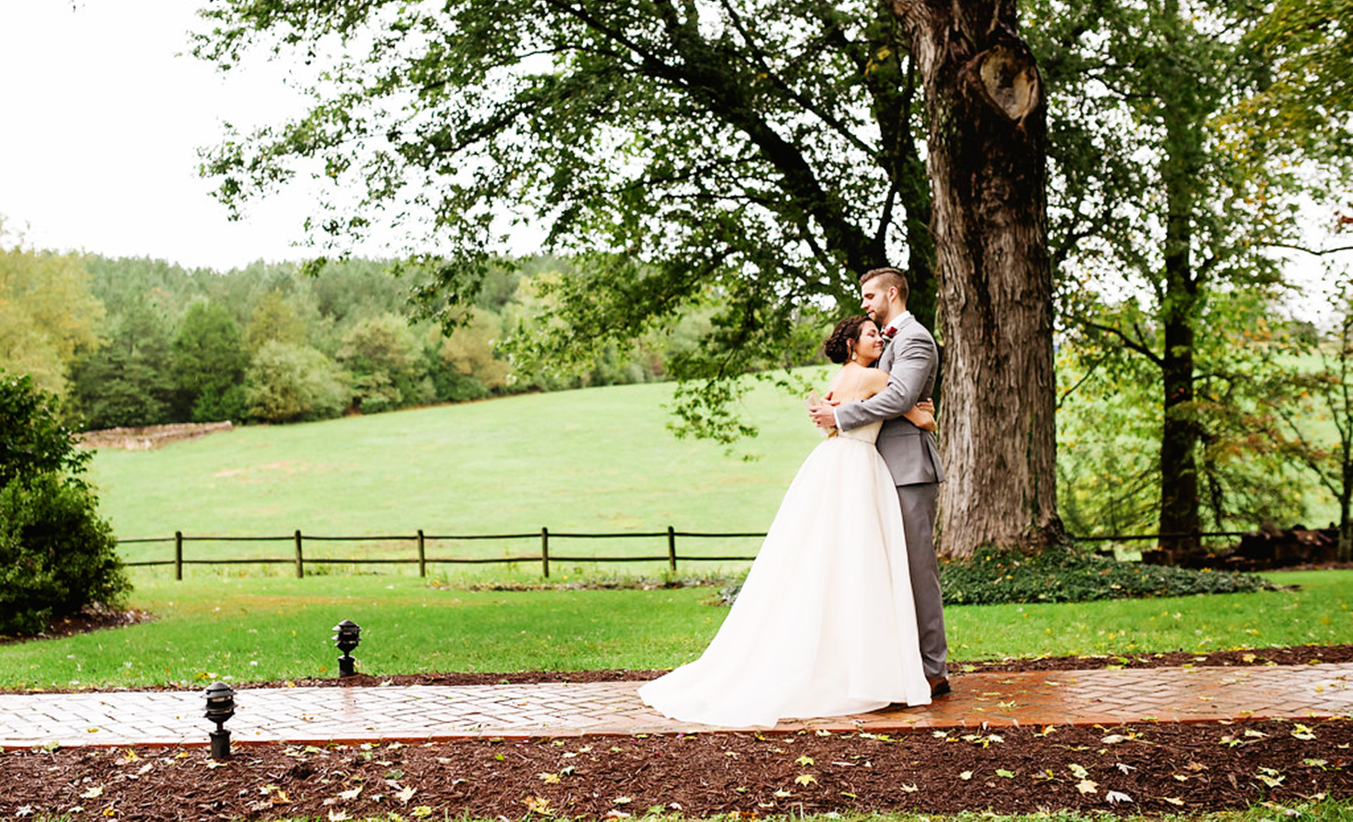 Charlottesville-Weddings-Guildford-Farm-Outdoor-Wedding